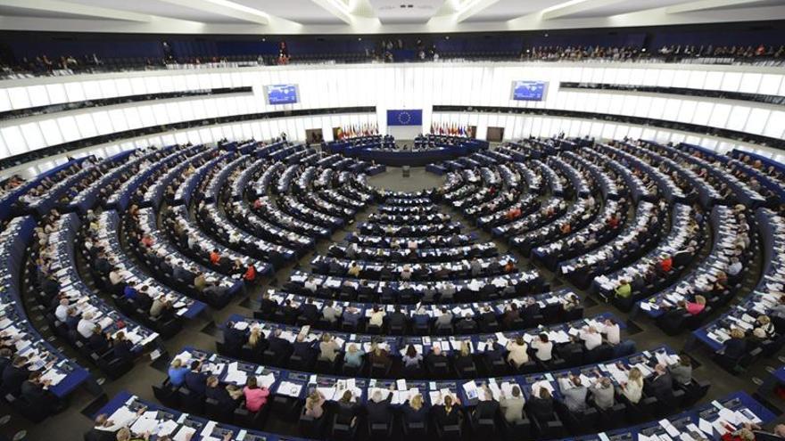 El PE pide suspender la negociación con Turquía por la reforma constitucional de Erdogan