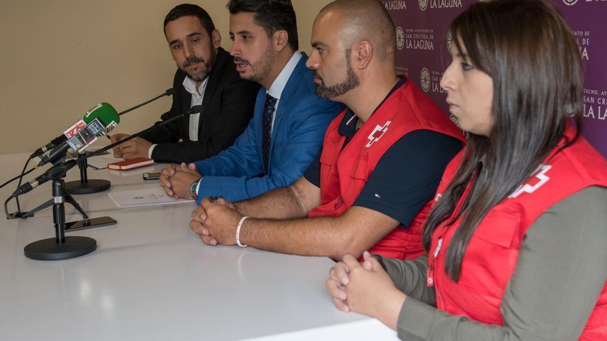 Momento de la presentación del acuerdo entre el Ayuntamiento lagunero y Cruz Roja