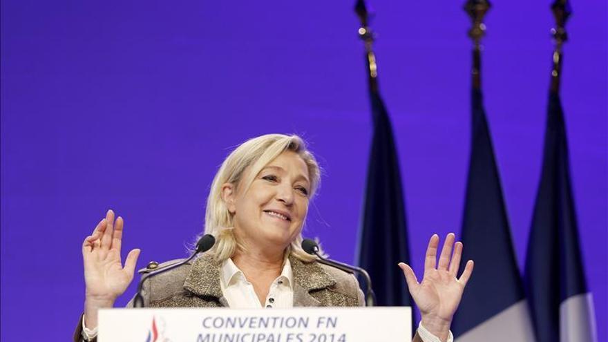 """Marine Le Pen rechaza definirse de ultraderecha y tener un programa """"fascista"""""""