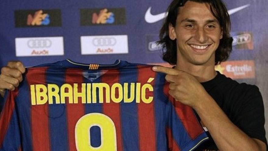 Ibrahimovic en su presentación con el Barcelona.