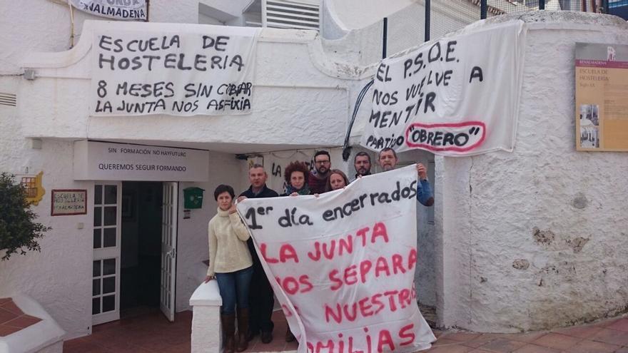 Trabajadores de La Fonda abandonan el encierro ante el compromiso de la Junta de abonar las nóminas