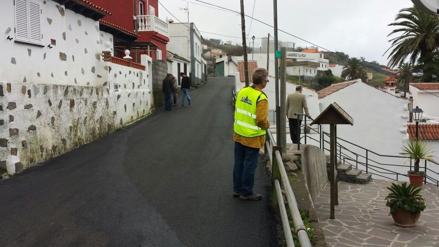 Obras de pavimentación entre Chipude y La Vica