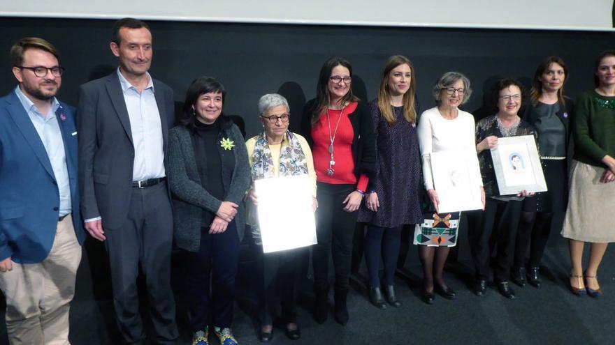 La vicepresidenta del Consell, Mónica Oltra, en Elche en la XX edición de los Premios Isabel Ferrer