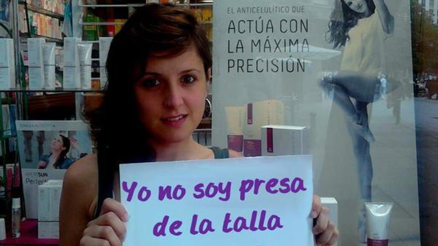 Maje Girona, participa en la campaña 'No seas presa de la talla'.