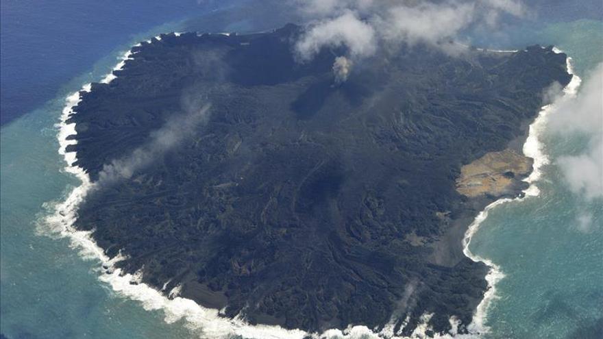 Isla nipona aumenta en un año por nueve su tamaño tras erupción volcánica