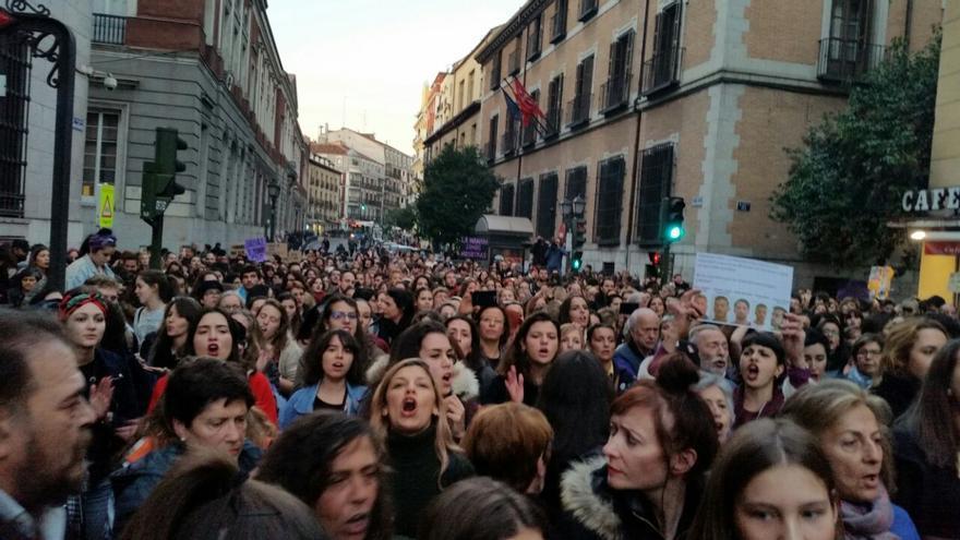 Concentración en Madrid en apoyo a la víctima de 'La manada', el pasado viernes.