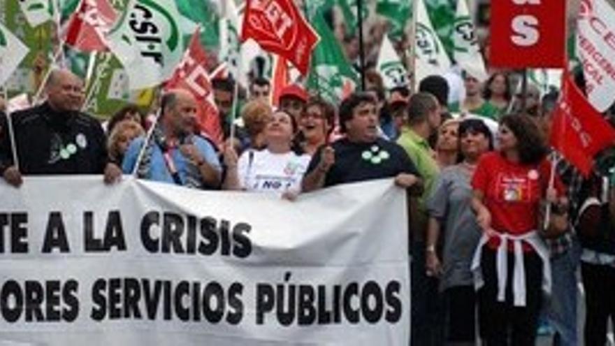 Preaviso de huelga general en las empresas públicas