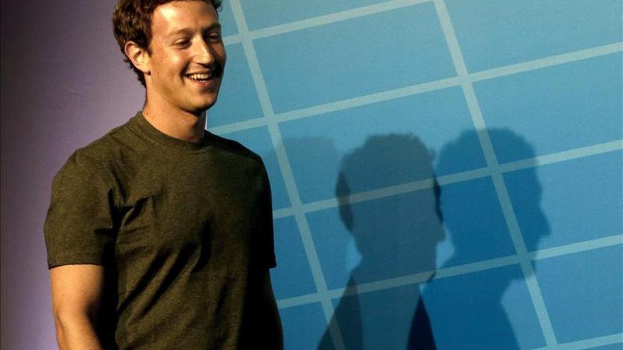 Zuckerberg asombra a los chinos usando el mandarín en una charla en Pekín