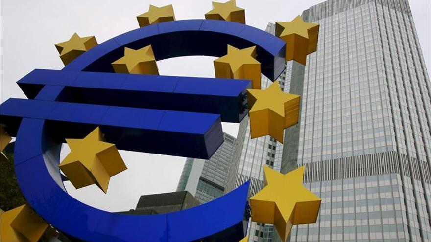 Las peticiones de la banca al BCE caen un 31,2 por ciento y suman 14 meses a la baja