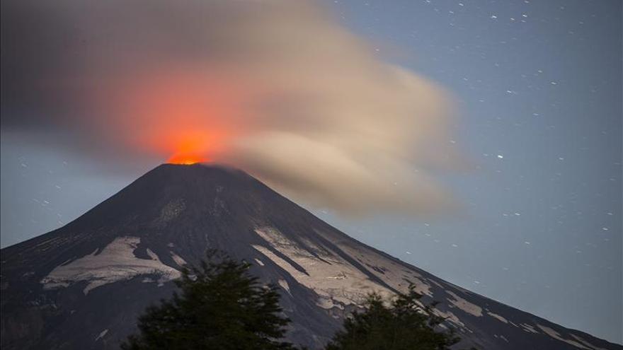 Un lago de lava reaparece en el volcán Villarrica en el sur de Chile