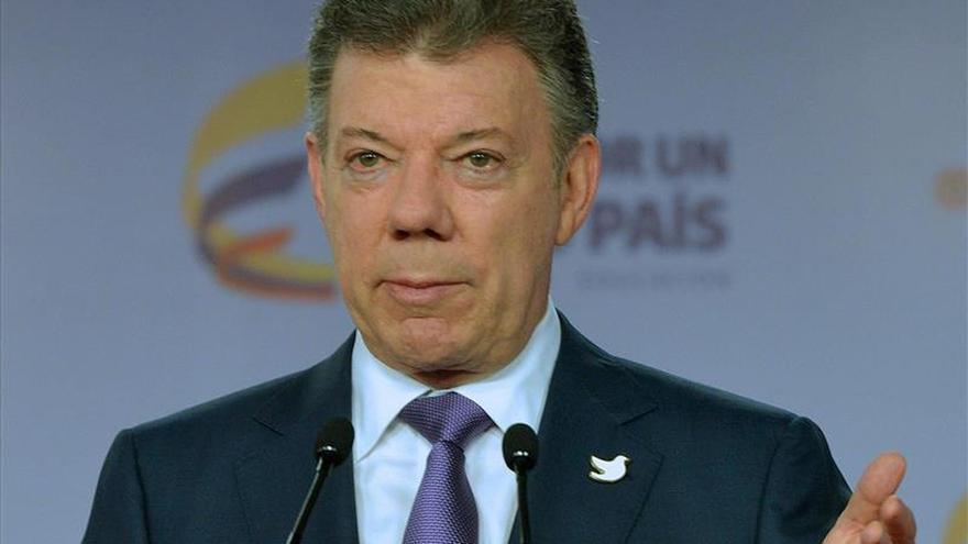 Santos pide a las FARC contribuir a la identificación de los desaparecidos en el conflicto
