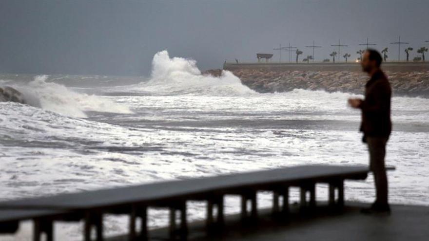 Alicante, Valencia, Murcia y Baleares en alerta naranja por fuertes lluvias