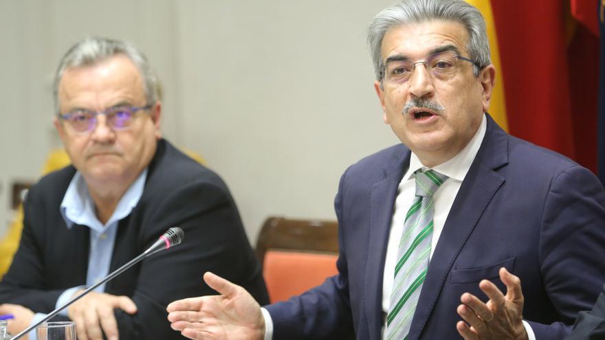 El consejero de Hacienda, Presupuestos y Asuntos Europeos del Gobierno de Canarias, Román Rodríguez.