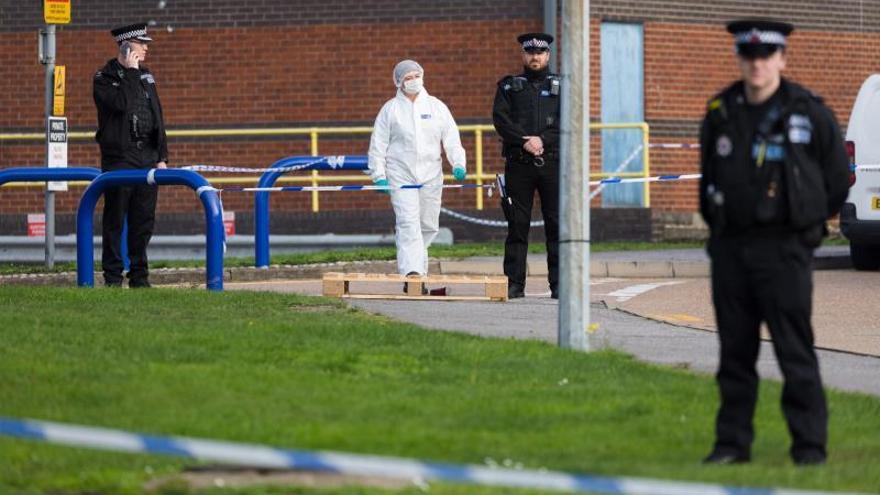 Dos detenidos más por los 39 muertos en Essex, donde podría haber vietnamitas