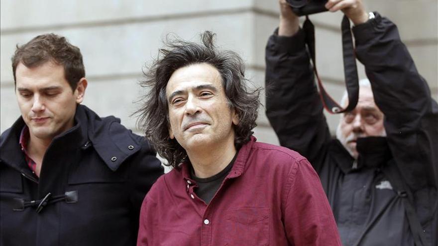 """Rivera pide no caer en el error de validar los resultados de un """"fraude de ley"""""""