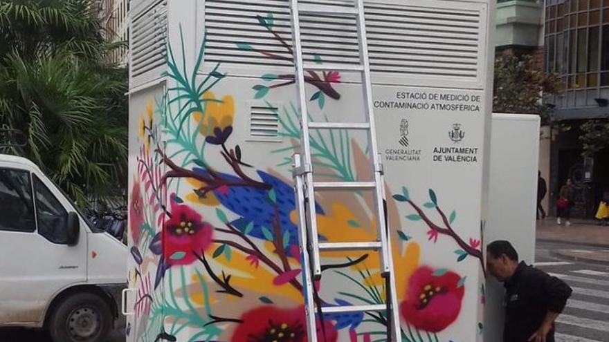 Estación de medición de aire en el centro de Valencia