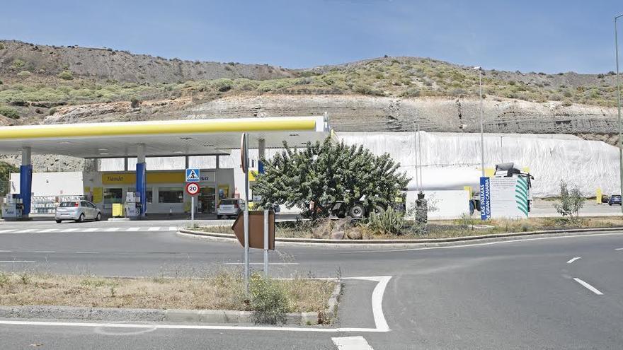 Estación de servicio Disa en Jinámar. (ALEJANDRO RAMOS)