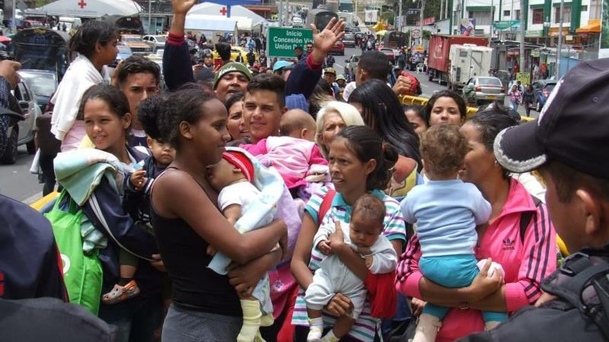 Ecuador, Perú y Chile coordinan acciones frente a la migración venezolana