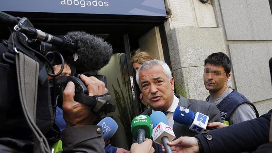 """Pineda mandó redactar una noticia """"breve pero con una hostia"""" sobre el BBVA"""