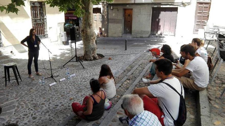 La poeta Irene La Sen, en Festival Voix Vives