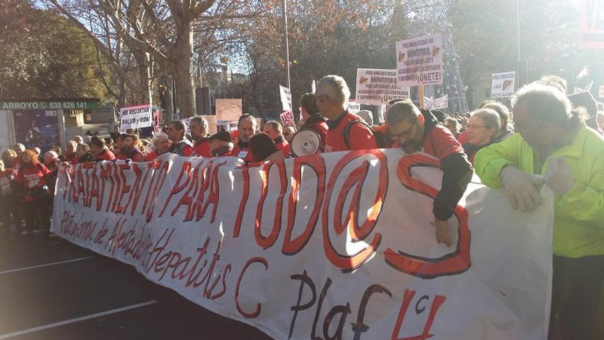 Cabecera de la protesta por la demanda de fármacos para la hepatitis C / M.D.