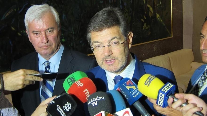 """Catalá alaba la Comisión del PSOE frente a la Asamblea de Podemos que busca """"laminar"""" a Sánchez con otra """"faena"""""""