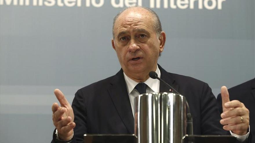 Fernández Díaz: no hay evidencia de que el terrorista huido esté en España