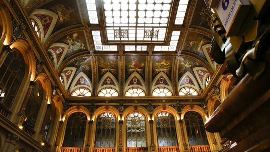La Bolsa española cae el 0,2 por ciento tras la apertura y recupera los 10.300 puntos