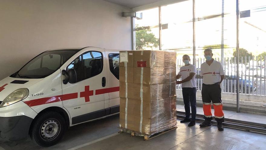 Cruz Roja repartirá 30.000 mascarillas donadas por la empresa Iberomask.