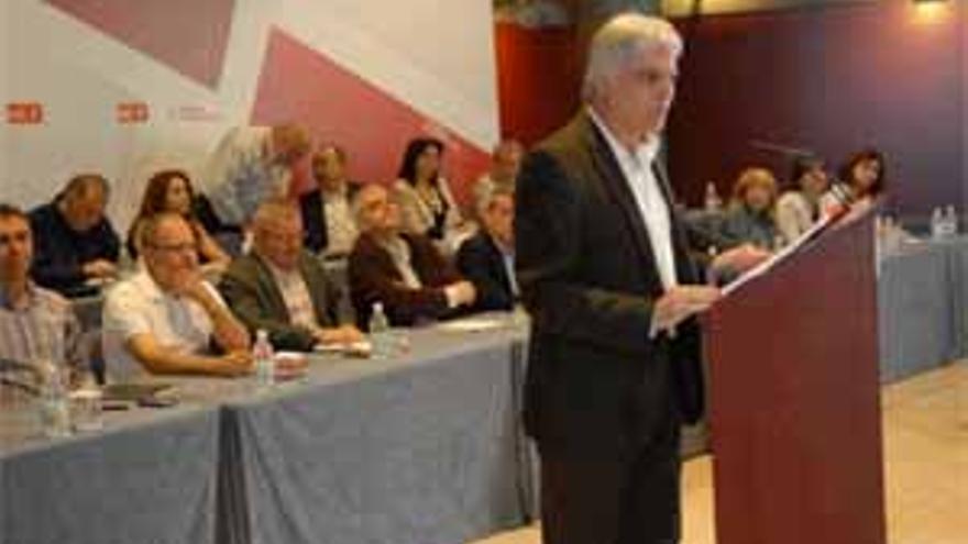 El secretario general de los socialistas canarios, José Miguel Pérez. (ACFI PRESS)