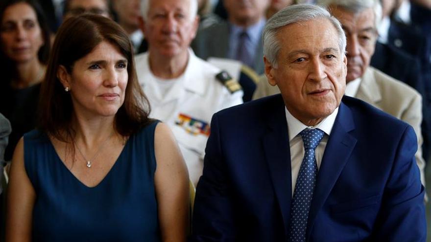 Gobierno Chile replica quejas de exjefes FFAA por trato a violadores de DD.HH.