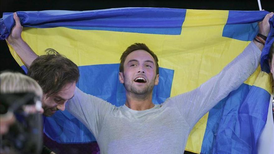 """Suecia gana Eurovisión por sexta vez con la canción """"Heroes"""""""