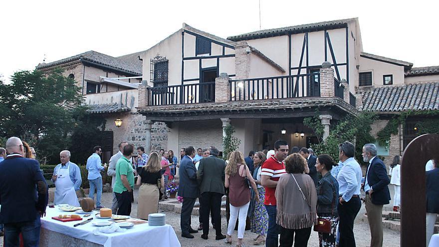 Presentación de la Asociación Cata y Gastronomía '12 patios'