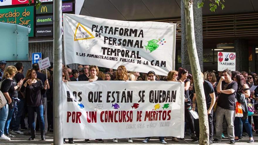 Imagen de la protesta por la temporalidad de los interinos.