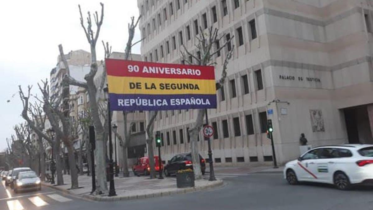 bandera republicana en Albacete