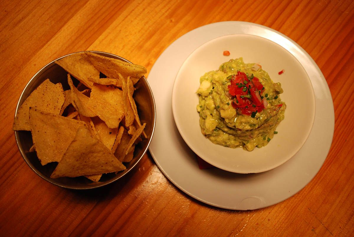 Guacamole y nachos_Malasaña a mordiscos_Zombie