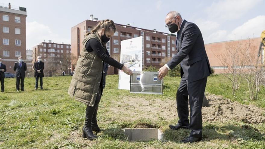 Archivo - Comienzan en Lakua (Vitoria) las obras del complejo residencial Arabarren que contará con 150 plazas públicas