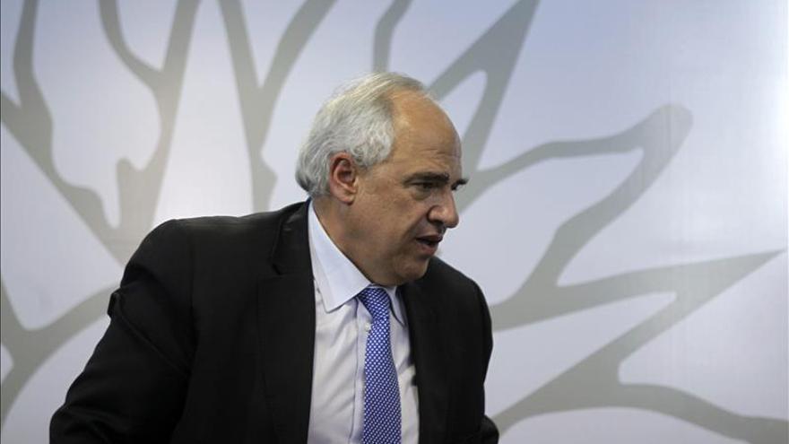 """Samper cree que la crisis actual puede """"comprometer"""" la democracia venezolana"""