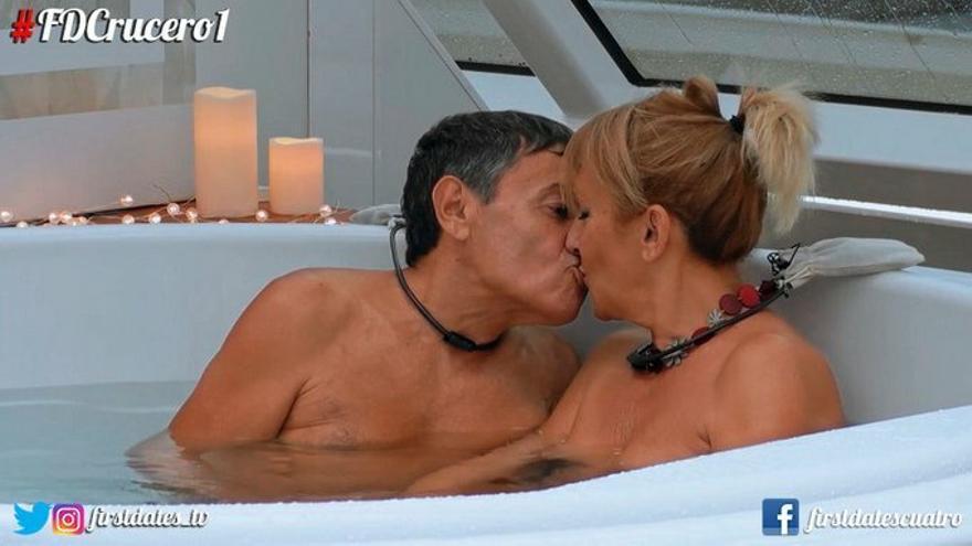 El crucero de 'First Dates' se estrenó con visitas a los camarotes, jacuzzis nudistas y primer cambio de vida