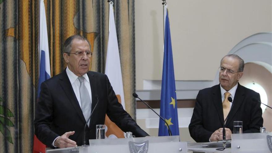 Lavrov anuncia en Nicosia que se reunirá con su colega turco en Belgrado