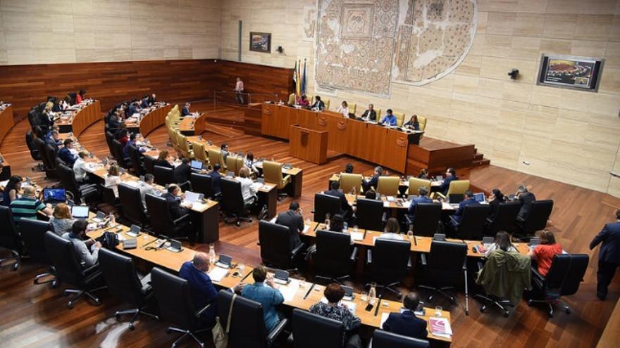 Pleno de la Asamblea de Extremadura / flickr.com Asamblea