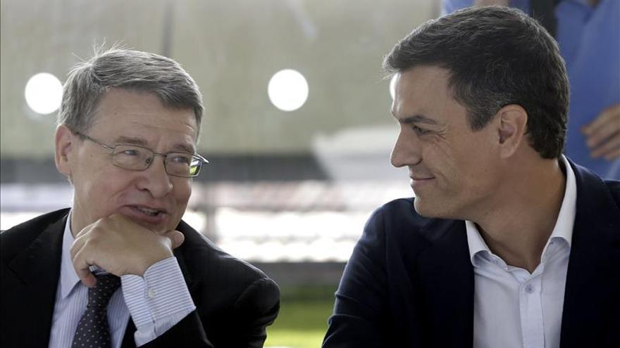 Pedro Sánchez y Jordi Sevilla.