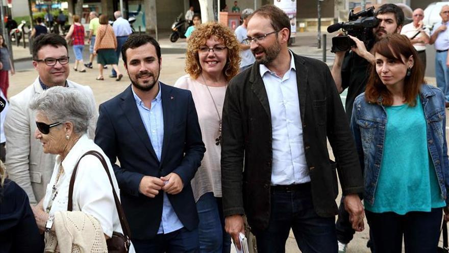"""Garzón dice que el PP recupera sus """"tres grandes males"""": """"la corrupción, la xenofobia y a Aznar"""""""