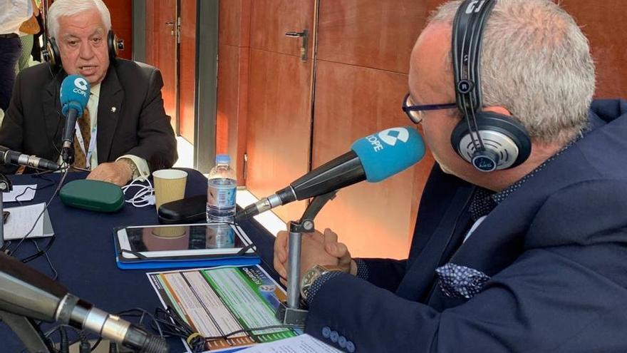 Amid Achi y el periodista de Cope Guillermo García