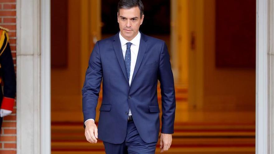 Sánchez anuncia medidas legales por la resolución del Parlament contra el rey