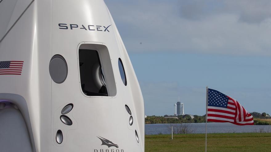 La cápsula Dragon ameriza con éxito en la costa de Florida (EE.UU.)