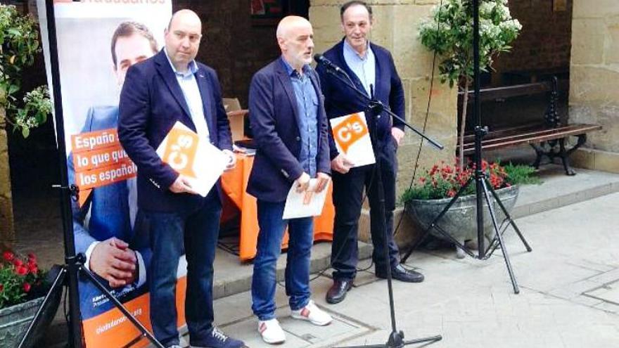 Miguel Ángel Carrera, Nicolás de Miguel y José Antonio Mateo, en la campaña de 2015