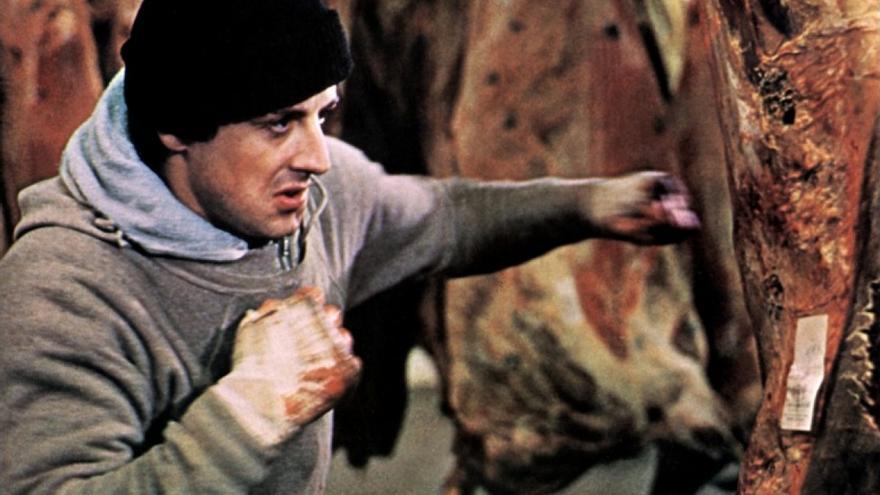 Rocky entrenando en el matadero