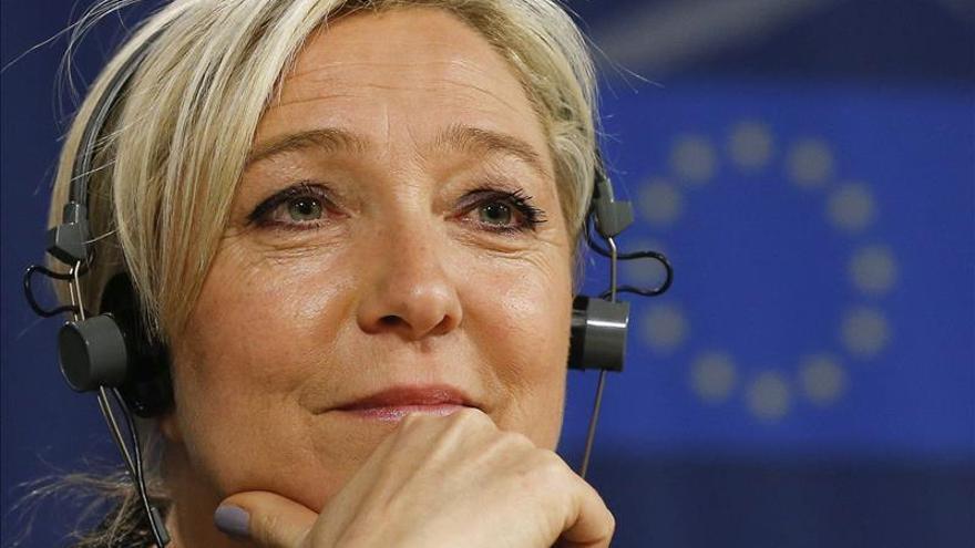 Marine Le Pen pide a los simpatizantes del FN que no se manifiesten en París