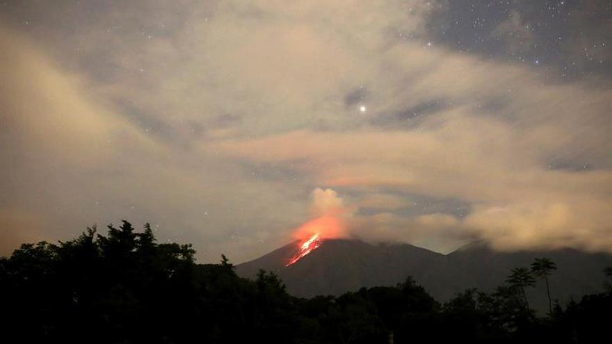El volcán de Fuego inicia una nueva erupción en Guatemala